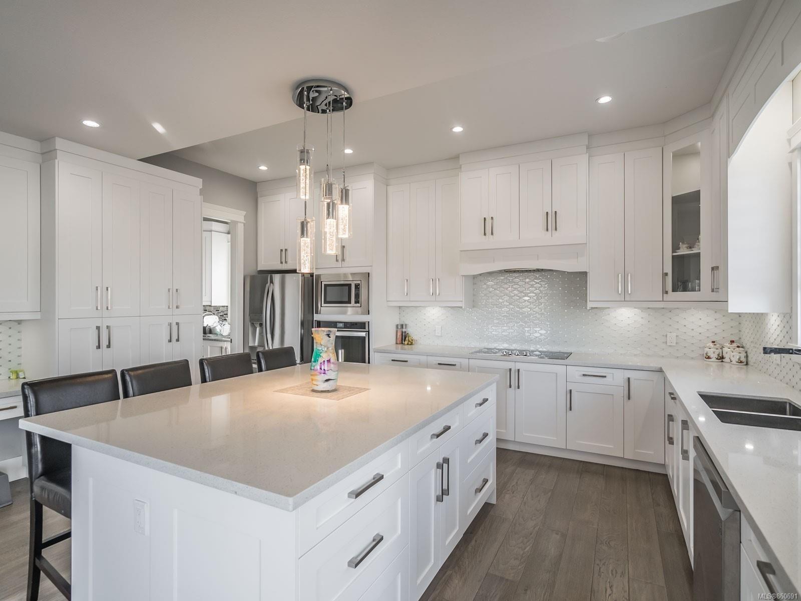 Photo 11: Photos: 5821 Linley Valley Dr in : Na North Nanaimo House for sale (Nanaimo)  : MLS®# 860691