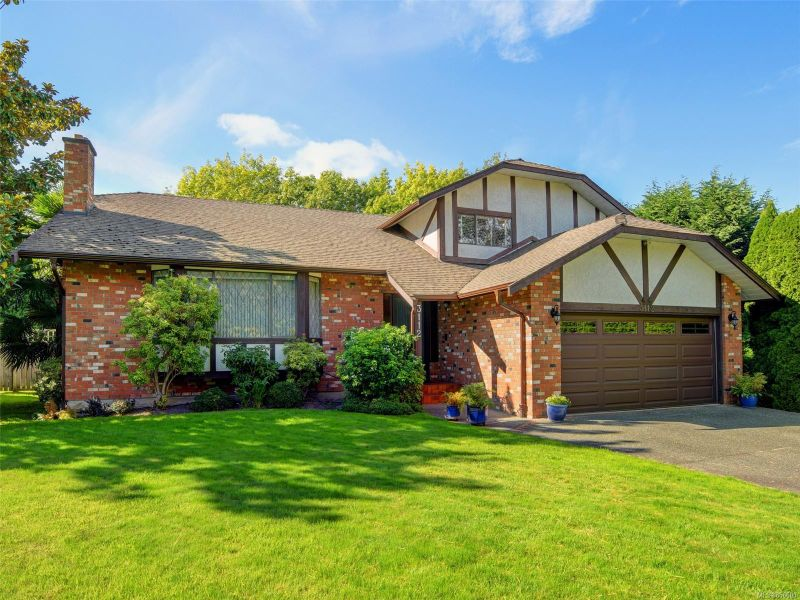 FEATURED LISTING: 3112 Wessex Close