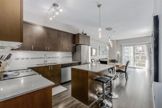 """Photo 3: 35 838 ROYAL Avenue in New Westminster: Downtown NW Townhouse for sale in """"BRICKSTONE WALK II"""" : MLS®# R2077794"""
