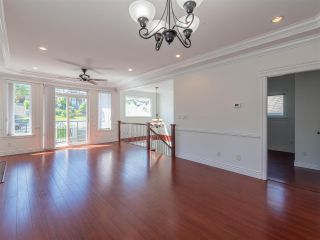 Photo 10: 10 WARWICK Avenue in Burnaby: Capitol Hill BN House for sale (Burnaby North)  : MLS®# R2603486