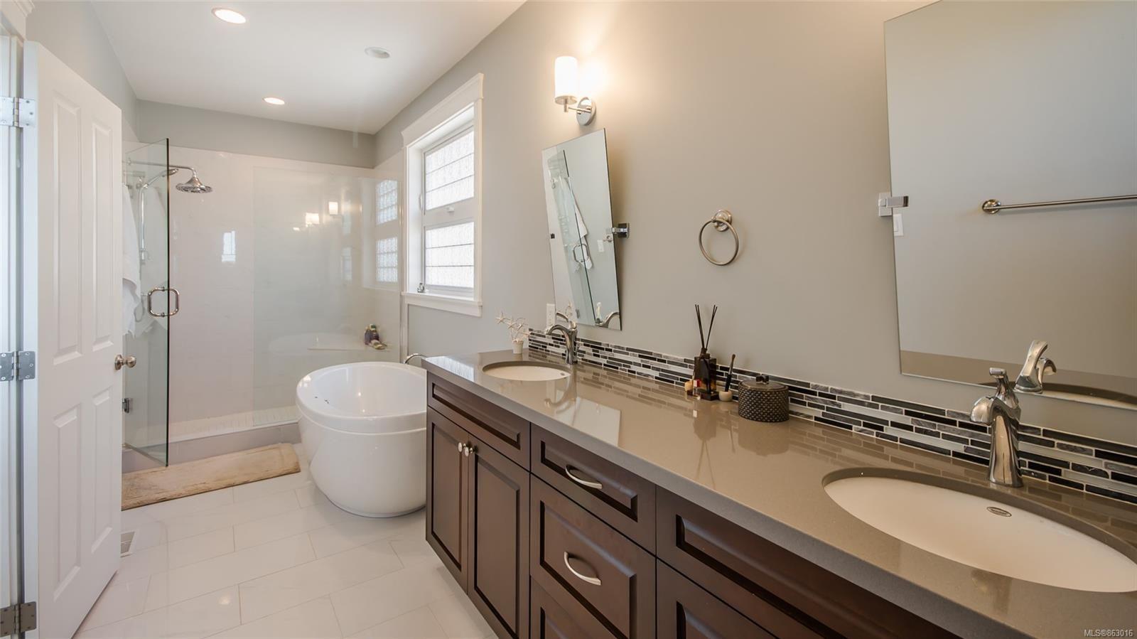 Photo 19: Photos: 5361 Laguna Way in : Na North Nanaimo House for sale (Nanaimo)  : MLS®# 863016