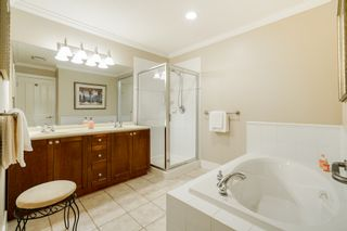 """Photo 34: 41 15450 ROSEMARY HEIGHTS Crescent in Surrey: Morgan Creek Townhouse for sale in """"CARRINGTON"""" (South Surrey White Rock)  : MLS®# R2301831"""