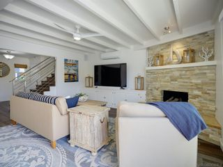 Photo 8: MISSION BEACH House for sale : 5 bedrooms : 2614 Strandway in San Diego