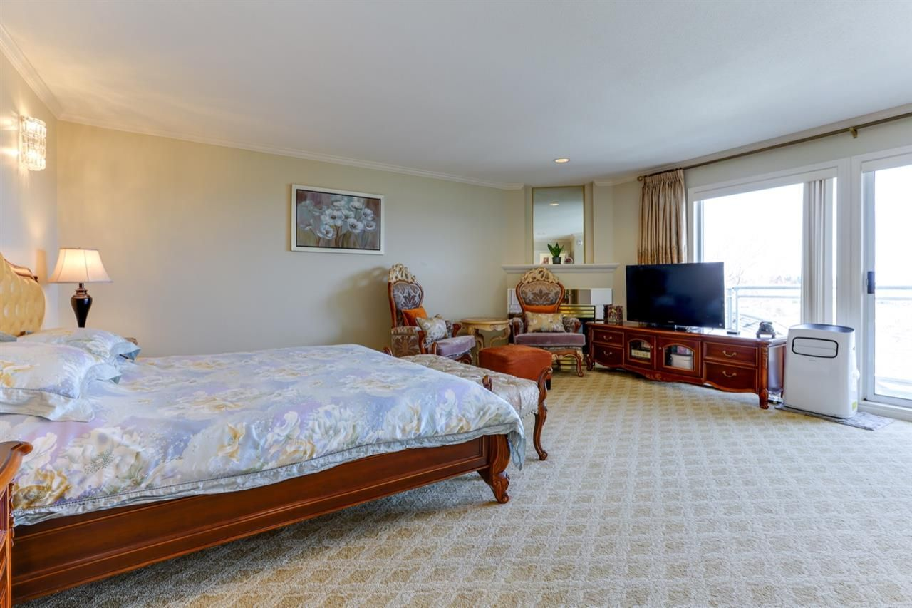 """Photo 19: Photos: 342 ROSEHILL Wynd in Delta: Pebble Hill House for sale in """"ROSEHILL"""" (Tsawwassen)  : MLS®# R2563292"""