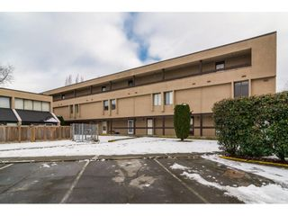 "Photo 1: 42 17706 60 Avenue in Surrey: Cloverdale BC Condo for sale in ""CLOVERDOWNS"" (Cloverdale)  : MLS®# R2131297"