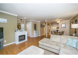 """Photo 4: 304 13955 72 Avenue in Surrey: East Newton Townhouse for sale in """"Newton Park One"""" : MLS®# R2102777"""