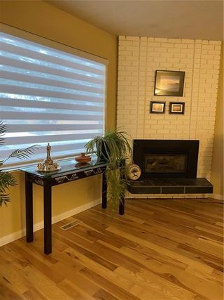 Photo 5: 42 714 WILLOW PARK Drive SE in Calgary: Willow Park Row/Townhouse for sale : MLS®# C4292627