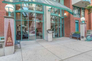 """Photo 2: 1204 939 HOMER Street in Vancouver: Yaletown Condo for sale in """"THE PINNACLE"""" (Vancouver West)  : MLS®# R2204695"""