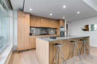 """Photo 21: 1601 2411 HEATHER Street in Vancouver: Fairview VW Condo for sale in """"700 WEST 8TH"""" (Vancouver West)  : MLS®# R2566720"""