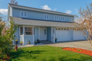 Main Photo: 9942 Swiftsure Pl in : Si Sidney North-East House for sale (Sidney)  : MLS®# 873238