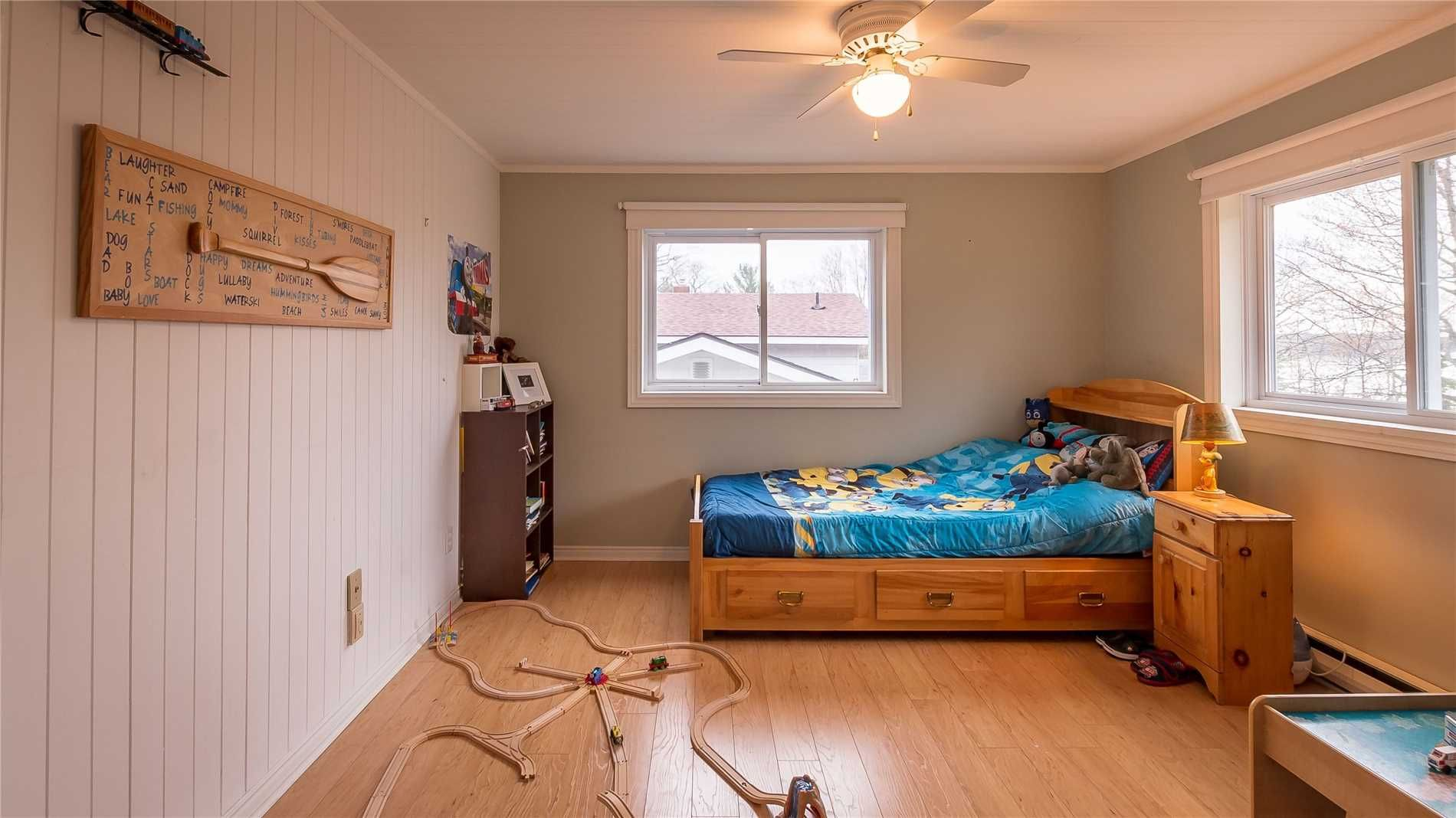 Photo 7: Photos: 5 Waubuno Road in Parry Sound: House (2-Storey) for sale : MLS®# X4488183
