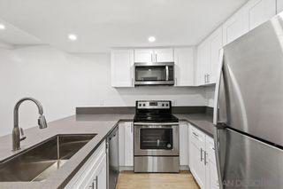 Photo 5: LA JOLLA Condo for sale : 1 bedrooms : 8362 Via Sonoma #C