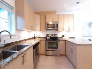 """Photo 6: 215 3888 NORFOLK Street in Burnaby: Central BN Townhouse for sale in """"Parkside Greene"""" (Burnaby North)  : MLS®# R2609723"""