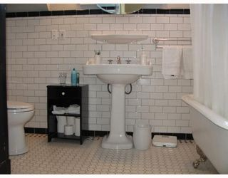 Photo 6: 4950 SPENCER Street in Vancouver: Collingwood VE House for sale (Vancouver East)  : MLS®# V667747