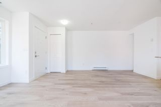 """Photo 5: 121 13958 108 Avenue in Surrey: Whalley Townhouse for sale in """"AURA 3"""" (North Surrey)  : MLS®# R2622284"""