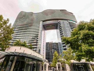 Photo 1: 2001 89 NELSON Street in Vancouver: Yaletown Condo for sale (Vancouver West)  : MLS®# R2586322