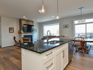 Photo 5: 2621 SUNDERLAND ROAD in CAMPBELL RIVER: CR Willow Point House for sale (Campbell River)  : MLS®# 803753
