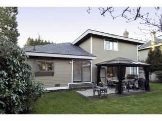 Photo 2: 2076 148 Street in Surrey: Sunnyside Park Surrey House for sale (South Surrey White Rock)  : MLS®# F1401383