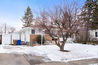 Photo 2: 7 Bond Crescent in Regina: Dominion Heights RG Residential for sale : MLS®# SK847408