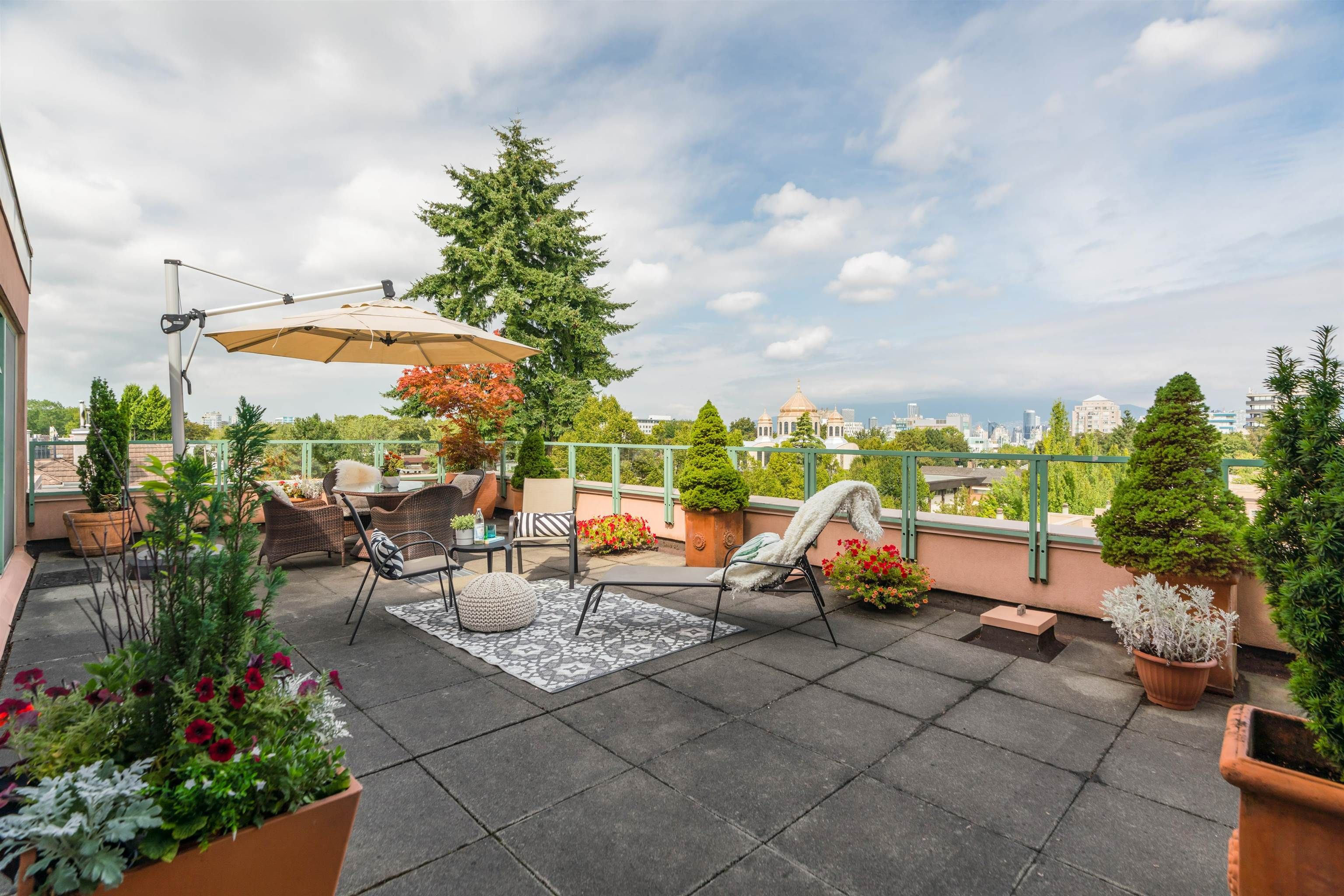 Main Photo: 501 503 W 16TH AVENUE in Vancouver: Fairview VW Condo for sale (Vancouver West)  : MLS®# R2611490