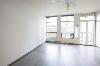 """Photo 8: 212 1 E CORDOVA Street in Vancouver: Downtown VE Condo for sale in """"CARRALL STATION"""" (Vancouver East)  : MLS®# R2580001"""