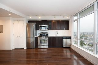 "Main Photo: 2009 4815 ELDORADO Mews in Vancouver: Collingwood VE Condo for sale in ""2300 Kingsway"" (Vancouver East)  : MLS®# R2526219"