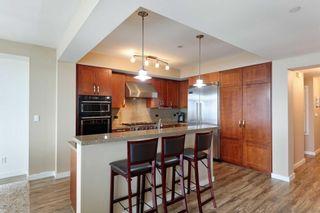 Photo 8: LA JOLLA Condo for sale : 2 bedrooms : 5420 La Jolla Blvd #B202