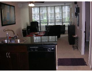 """Photo 3: 305 170 W 1ST Street in North_Vancouver: Lower Lonsdale Condo for sale in """"ONE PARK LANE"""" (North Vancouver)  : MLS®# V648878"""