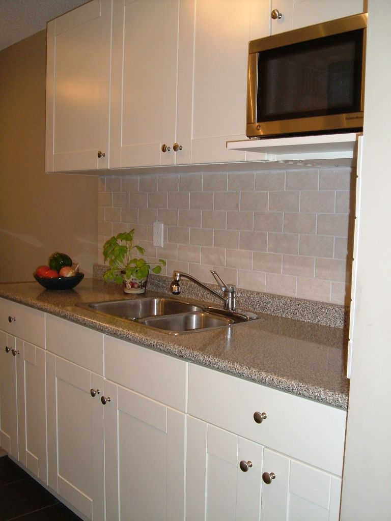 """Main Photo: # 308 330 E 1ST ST in North Vancouver: Lower Lonsdale Condo for sale in """"PORTREE HOUSE"""" : MLS®# V912348"""