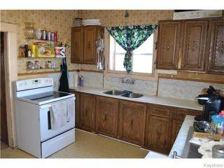 Photo 5: 482 Garlies Street in WINNIPEG: North End Residential for sale (North West Winnipeg)  : MLS®# 1528236