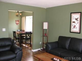 Photo 7: A 618 Kelly Rd in VICTORIA: Co Hatley Park Half Duplex for sale (Colwood)  : MLS®# 507649