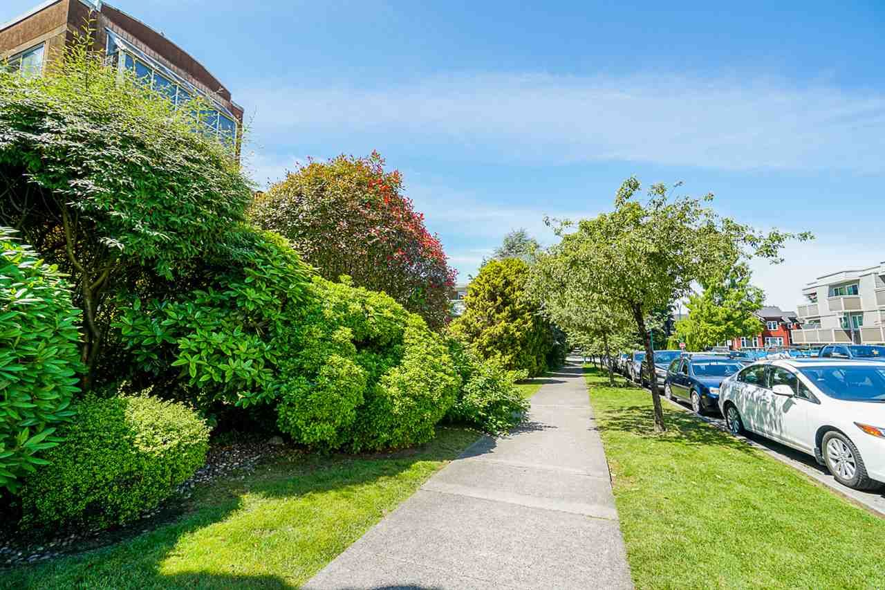 Photo 24: Photos: 108 1775 W 11TH AVENUE in Vancouver: Fairview VW Condo for sale (Vancouver West)  : MLS®# R2468149