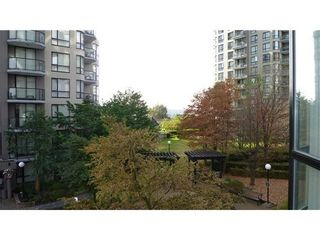 Photo 2: 403 838 AGNES Street in New Westminster: Downtown NW Home for sale ()  : MLS®# V976289