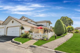 """Main Photo: 33 21138 88 Avenue in Langley: Walnut Grove Townhouse for sale in """"Spencer Green"""" : MLS®# R2621665"""