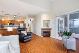 "Photo 9: 406 12350 HARRIS Road in Pitt Meadows: Mid Meadows Condo for sale in ""Keystone"" : MLS®# R2589831"