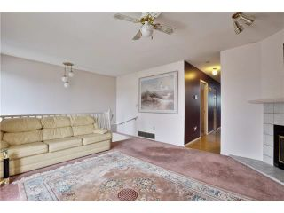 Photo 2: 6024 MAIN Street in Vancouver: Main 1/2 Duplex for sale (Vancouver East)  : MLS®# R2564777