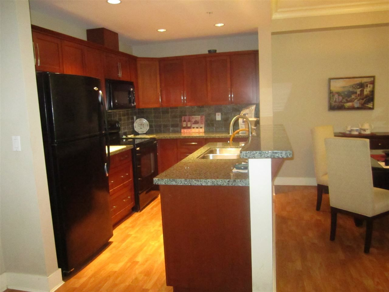 """Photo 2: Photos: 106 5430 201 Street in Langley: Langley City Condo for sale in """"The Sonnet"""" : MLS®# R2086075"""