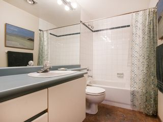 """Photo 13: 201 1551 MARINER Walk in Vancouver: False Creek Condo for sale in """"LAGOONS"""" (Vancouver West)  : MLS®# V1098962"""