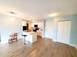 """Photo 3: 407 33960 OLD YALE Road in Abbotsford: Central Abbotsford Condo for sale in """"OLD YALE HEIGHTS"""" : MLS®# R2499608"""