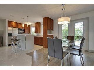 Photo 9: 2028 GLENWOOD Drive SW in Calgary: 3 Level Split for sale : MLS®# C3542268