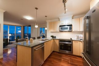 """Photo 8: 2506 1155 SEYMOUR Street in Vancouver: Downtown VW Condo for sale in """"Brava"""" (Vancouver West)  : MLS®# R2387101"""
