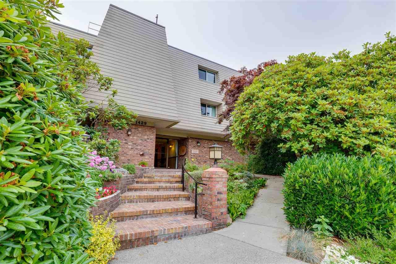 "Main Photo: 101 1429 MERKLIN Street: White Rock Condo for sale in ""Kensington Manor"" (South Surrey White Rock)  : MLS®# R2479415"