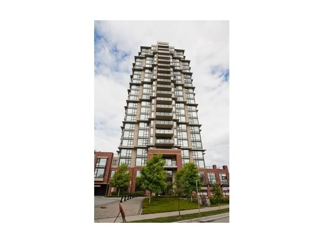 """Main Photo: 805 15 E ROYAL Avenue in New Westminster: Fraserview NW Condo for sale in """"VICTORIA HILLS"""" : MLS®# V899818"""
