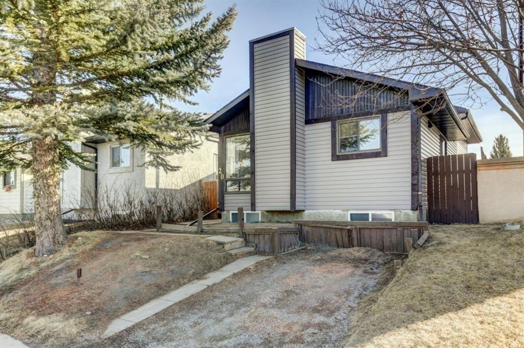 Main Photo: 20 Castleridge Close NE in Calgary: Castleridge Detached for sale : MLS®# A1113165