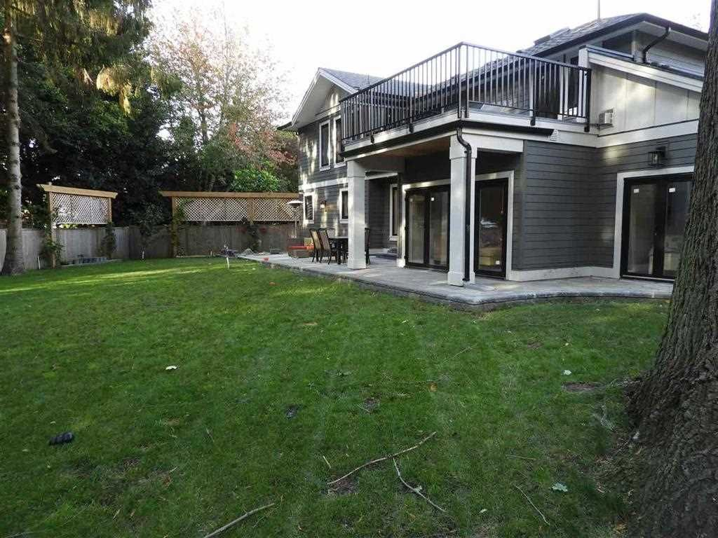 """Photo 33: Photos: 2427 127 Street in Surrey: Crescent Bch Ocean Pk. House for sale in """"CRESCENT PARK"""" (South Surrey White Rock)  : MLS®# R2523051"""