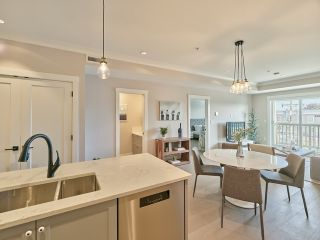 "Photo 10: 305 3755 CHATHAM Street in Richmond: Steveston Village Condo for sale in ""CHATHAM 3755"" : MLS®# R2509656"