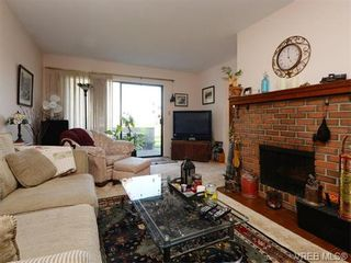 Photo 2: 23 7751 East Saanich Rd in SAANICHTON: CS Saanichton Row/Townhouse for sale (Central Saanich)  : MLS®# 745848