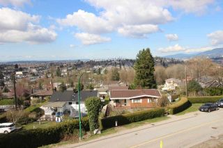 "Photo 3: 11 DELTA Avenue in Burnaby: Capitol Hill BN House for sale in ""Capitol Hill"" (Burnaby North)  : MLS®# R2265350"