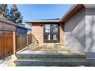 Photo 38: 179 WINDERMERE Road SW in Calgary: Wildwood House for sale : MLS®# C4103216