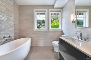 Photo 23: 2302 LAWSON AVENUE in West Vancouver: Dundarave House for sale : MLS®# R2492201